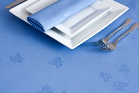 "35"" x 35"" Wedgwood Blue Ivyleaf Tablecloth"