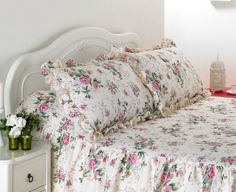 Quilted Pillow Sham - Rose Garden