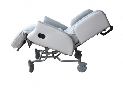 Integral Mobile Air Care Chair