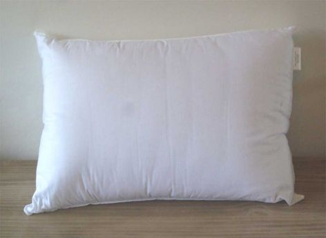 16oz HollowFibre Polyester Filled Pillow
