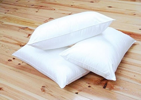 22oz HollowFibre Polyester Filled Pillow